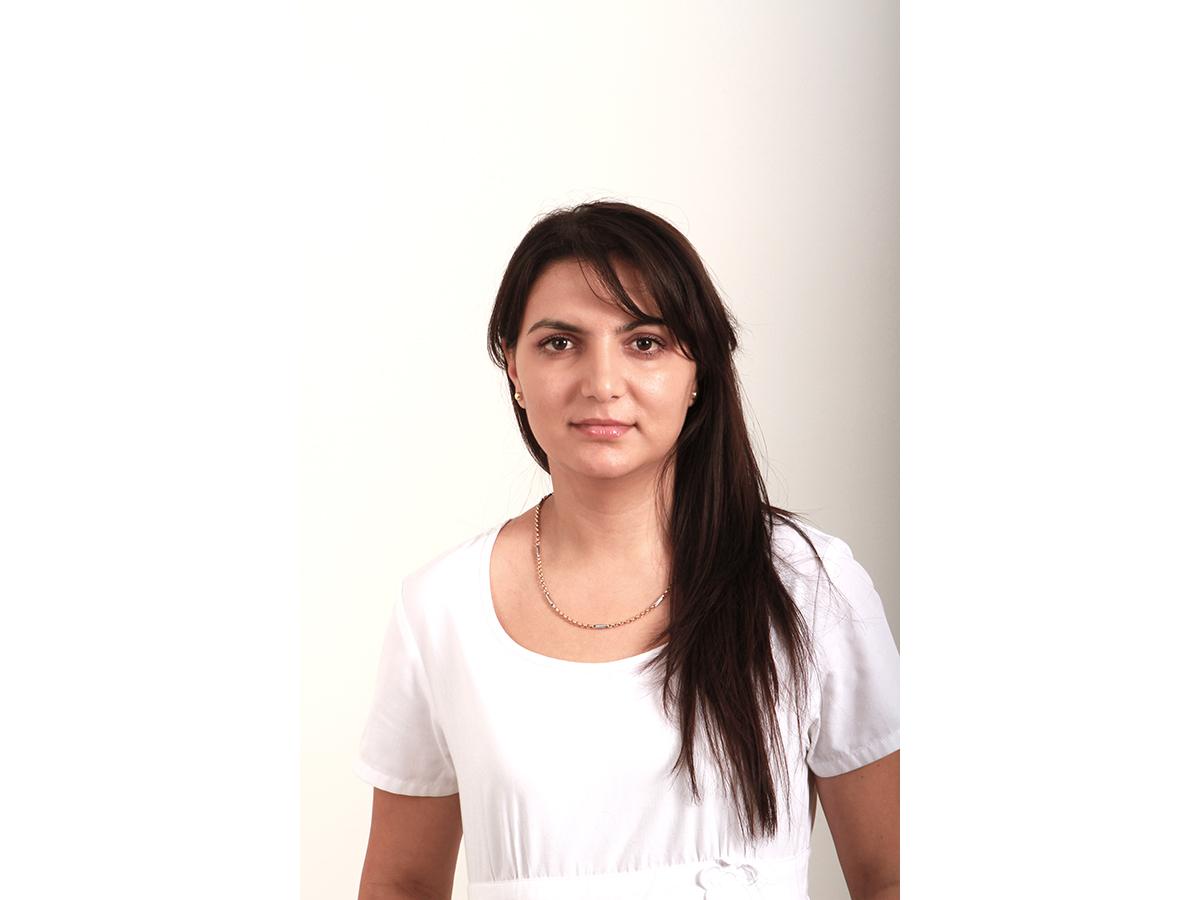 Lizi Rusanu, Asistenta